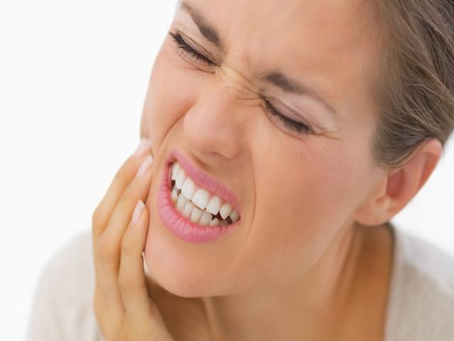 Боль от скрежета зубов