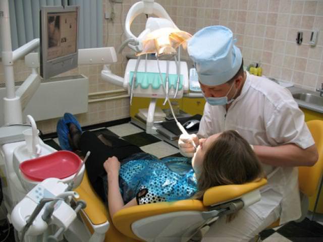 Осмотр зубов после удаления